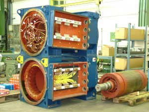 ABB Generatoren aus einer Vestas V80 Windenergieanlage während der Instandsetzung / Reparatur